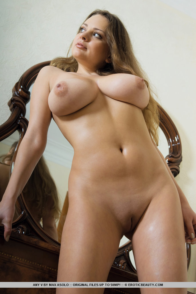 Shemale spunk tube for