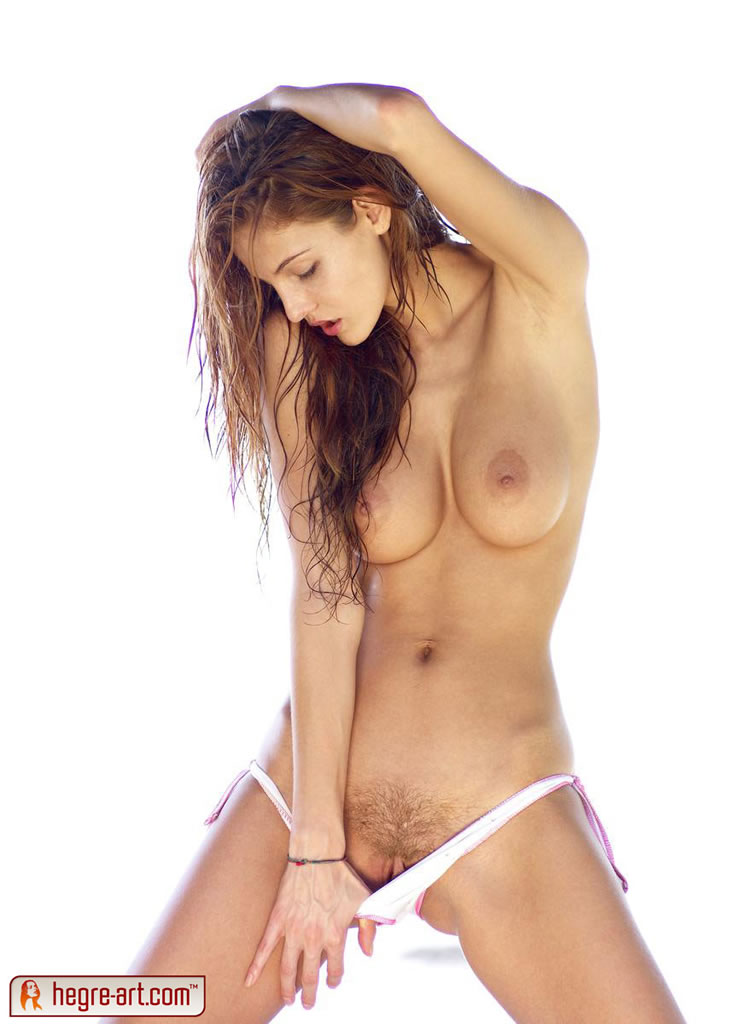 Beautiful young nude Thea from Hegre